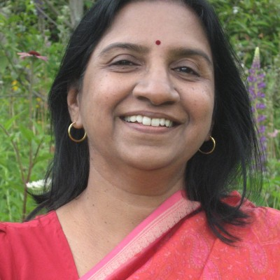 headshot of Sudha Soni